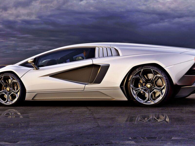 The new Lamborghini Countach hits the showrooms!