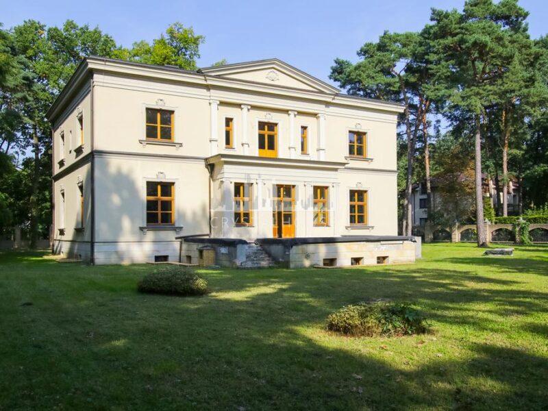 A spectacular residence in Konstancin